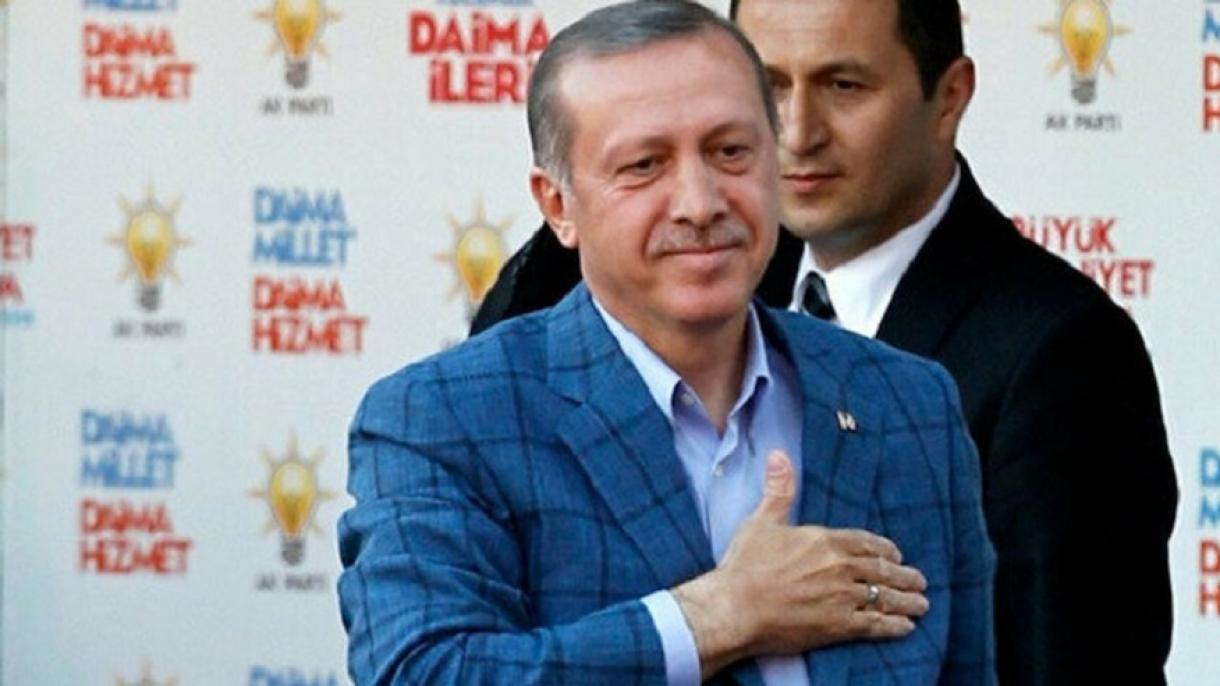 Die Welt: Erdogan sa različitim odjelima ne liči na uobičajene državnike sa tamnim odjelima
