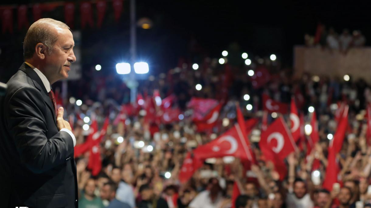 Erdogan: Neće moći utišati naše ezane i spustiti zastavu koliko god se trudili